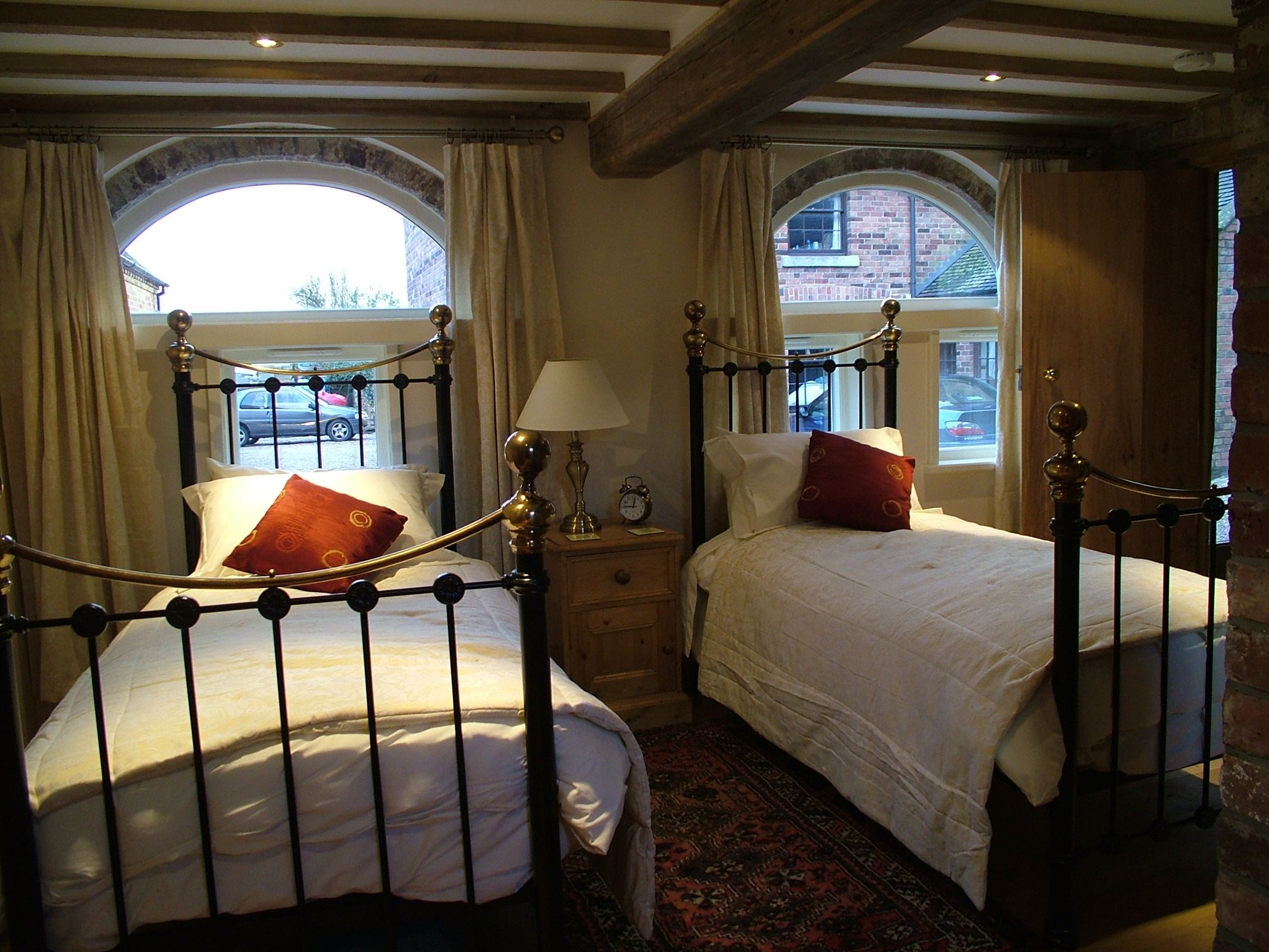 self catering bed and breakfast peak district