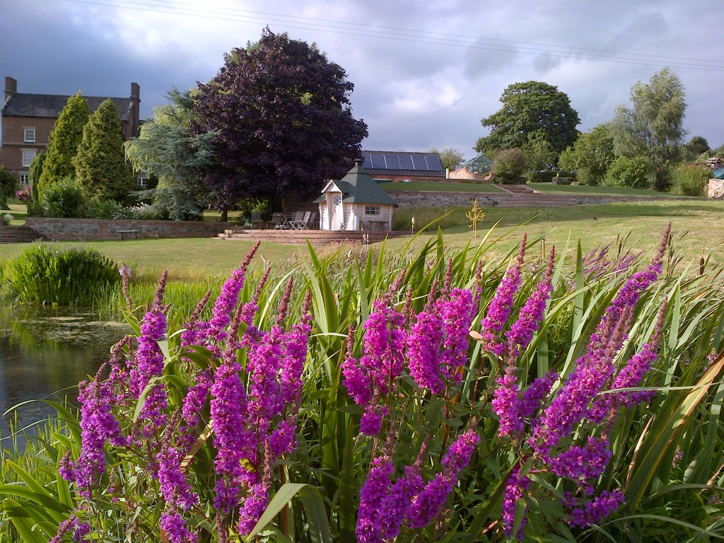 large self catering accommodation Derbyshire