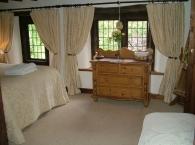 Hillside-Croft-bedroom-1