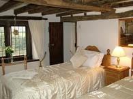 Hillside-Croft-bedroom-2