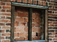 gable-false-windows